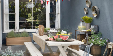 landscape-1431632842-index-summer-party-table-setting