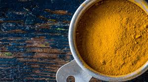 4 Ways to Incorporate Turmeric Into Your Beauty Routine